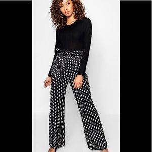Boohoo trouser size 14 NWT polka dot blk/wht